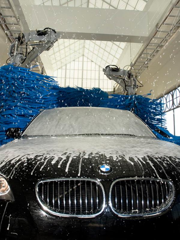 car wash employees